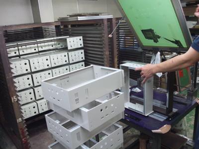 - 電子部品 株式会社カコ,シルク印刷,スクリーン印刷,パッド印刷,成型品印刷,プレート印刷,板